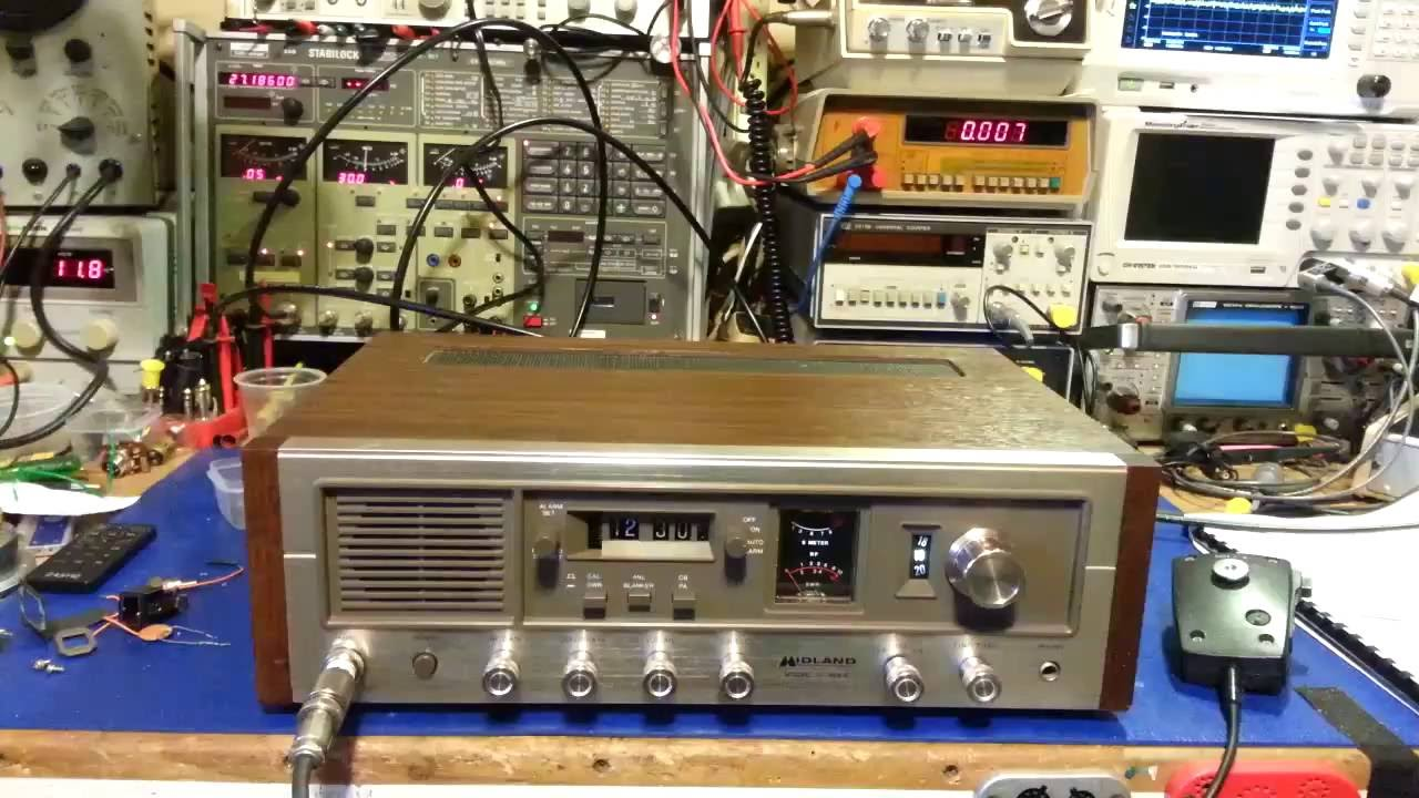 Midland 13-898B AM / SSB CB radio  A SSB listening monster!