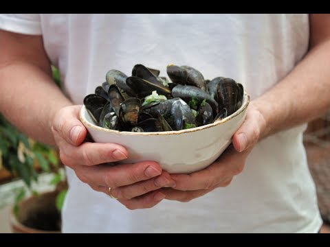 Mussels In White Wine - How To Cook Mussels In White Wine Recipe - Mussels In White Wine