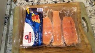 Семга мороженная. Готовим дома.   Fry frozen salmon for 20 minutes.