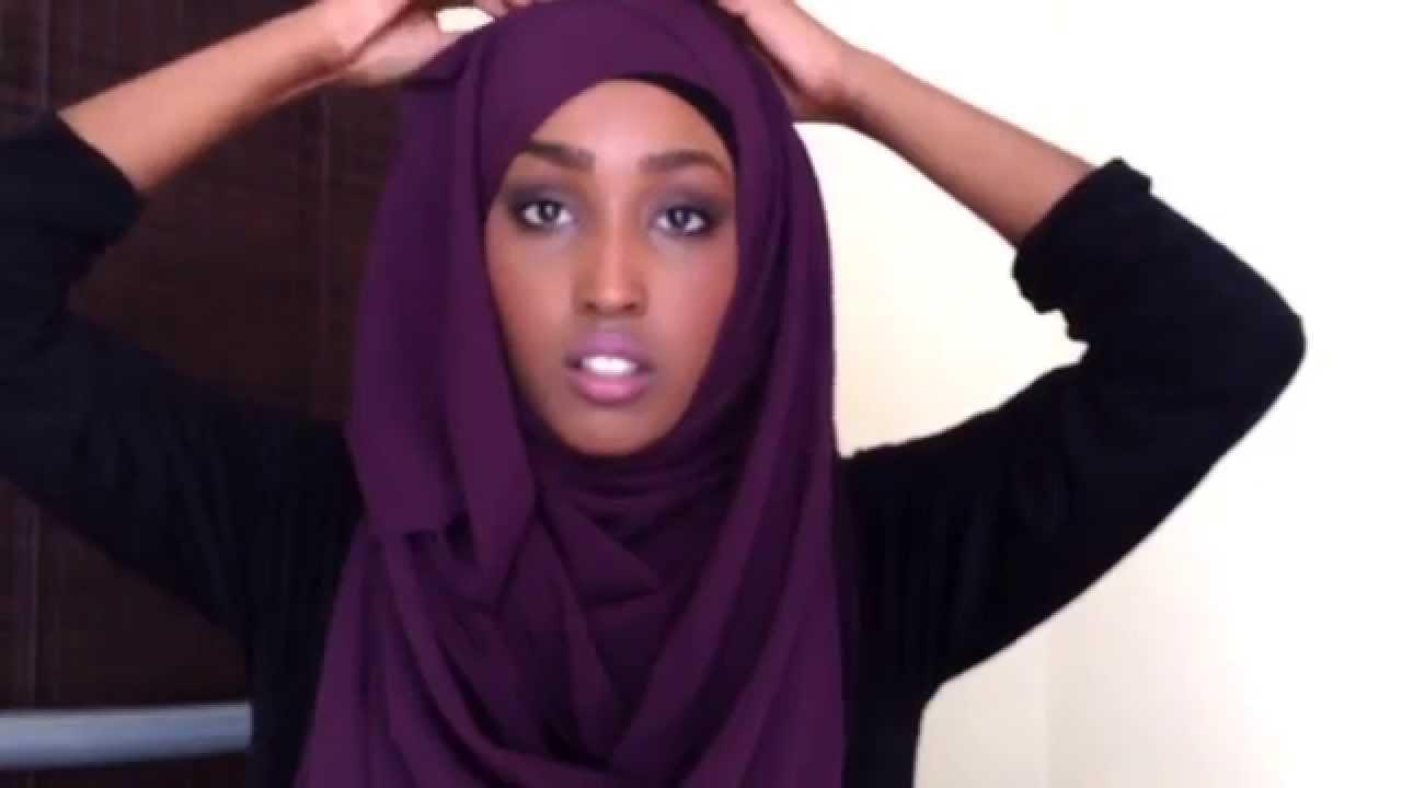 Comment mettre un foulard carr youtube - Comment ranger les foulards ...