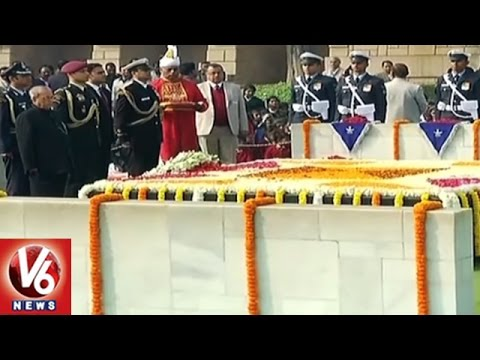 President And PM Pay Tribute To Mahatma Gandhi On His 69th Death Anniversary | Raj Ghat | V6 News