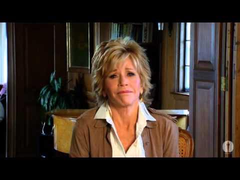 Jane Fonda salutes Vanessa Redgrave