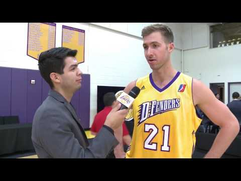 Travis Wear - Postgame Interview (11/11)