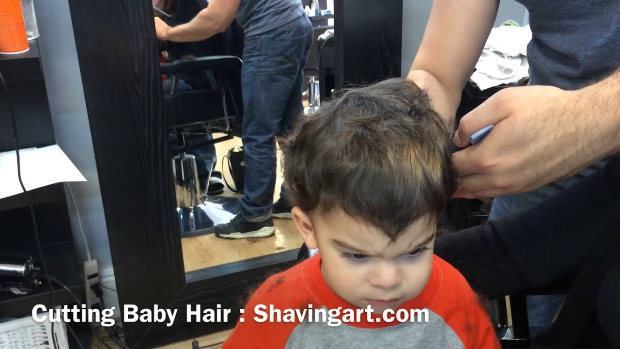 How to cut babys hair babys first haircut youtube solutioingenieria Gallery