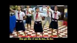 Lê Tấn Đức - Karaoke - Tre ngà bên lăng Bác- 5B - NH : 2012-2013