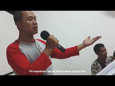 Stambul Baju Biru - Harkuswo Hartono