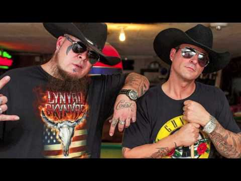 HillBilly Deluxxxe (Urban Country REMIX) Mikel Knight & KoolWhip [Howdy Dew Dat?]