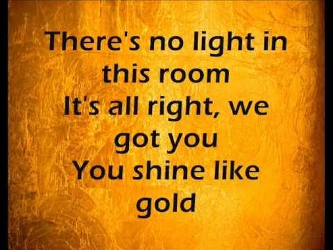 Neon Hitch - Gold - LYRICS