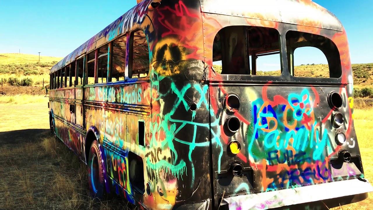 Graffiti Bus That NW Bus - YouTube
