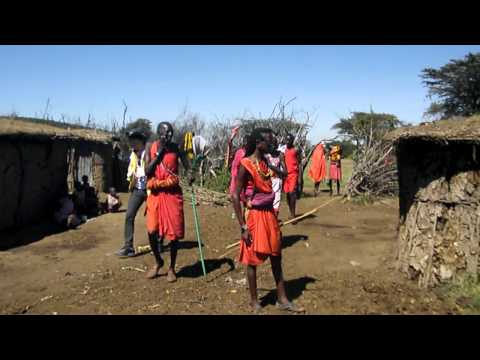 A tour of Masai Cultural Manyatta.MP4