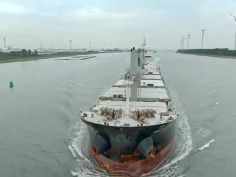 geared Bulk carrier