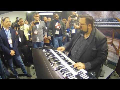 NAMM 2018 - Joey DeFrancesco another jam on Viscount Legend Organ