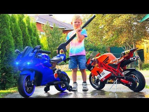 Сломался Байк Лев моет Мотоциклы для детей | Funny biker repair motorcycle