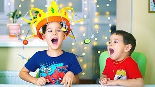 Chow Сrown Сhallenge. The lazy king crown and the Time Machine. Funny pretend play with papa.