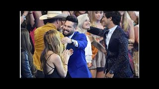 Dan + Shay stun with surprise win at CMT Music Awards