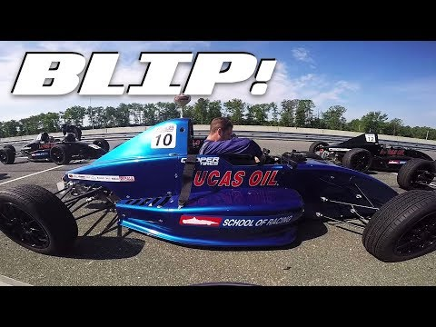 here's-everything-you-get-at-a-two-day-racing-school-|-blip!