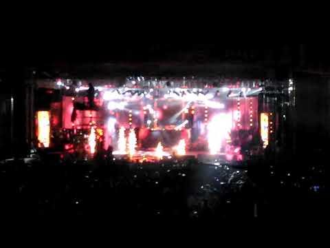 Crazy Star Ravichandran entry in Karunada Sambrama live at that place