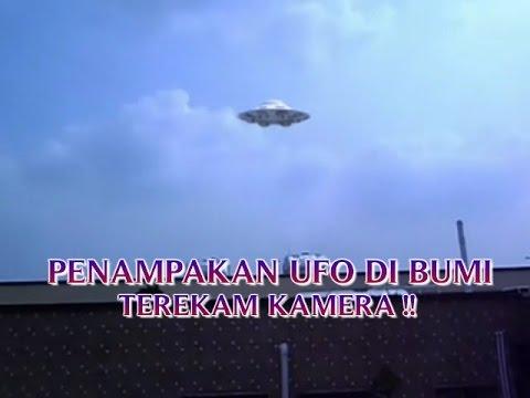 """VIDEO PENAMPAKAN UFO DI BUMI """"TEREKAM KAMERA TERBANG DI ..."""