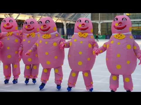 Mr Blobby Christmas video - Ice Skating