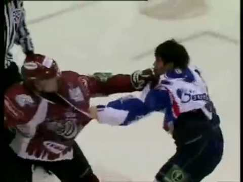 KHL fight Jekabs Redlihs vs Maksim Rybin (Dinamo Riga - St.Petersburg SKA)