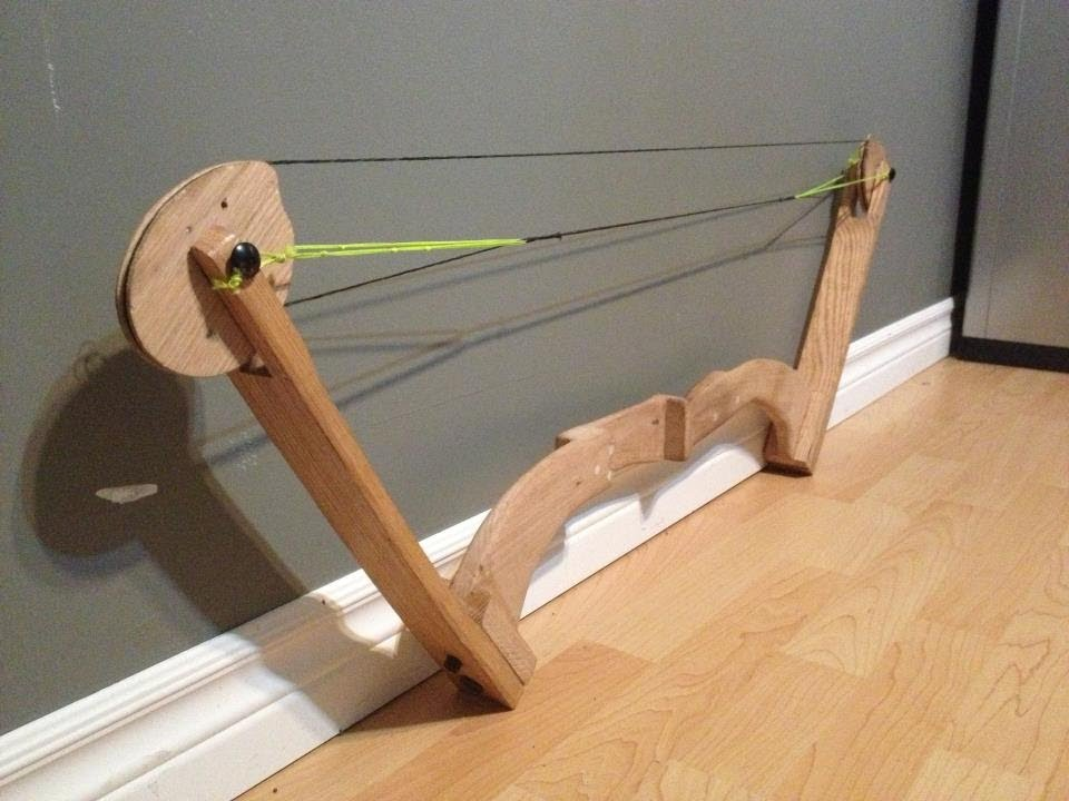 Home Made Oak Compound Bow - YouTube