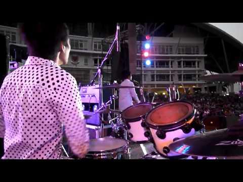Pahina - Ang Buhay ko - Lyceum Superstar 2012 (Bateng Drum Cam)