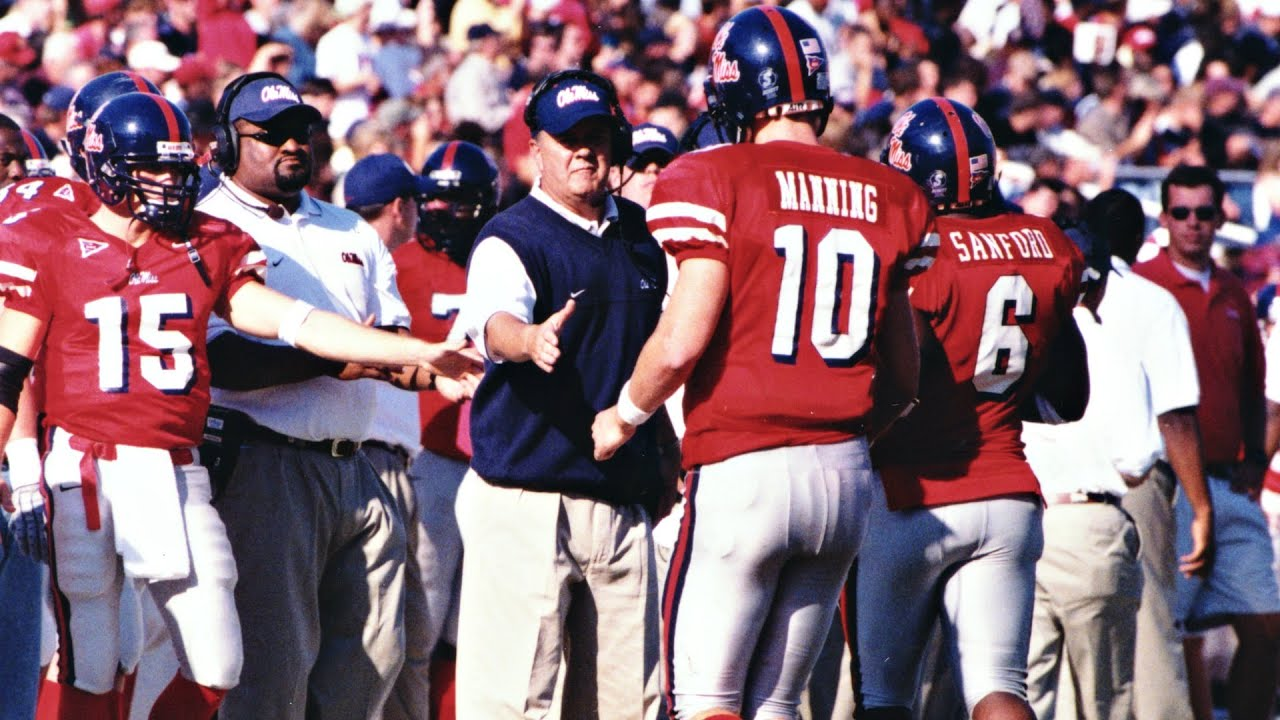 new arrival 54081 fbd4c Eli Manning Carries Ole Miss To Victory | Cotton Bowl Classic 2004