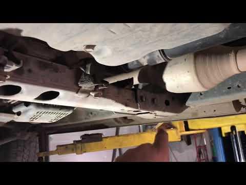Замена рулевой рейки Land Cruiser 200 1VD-FTV