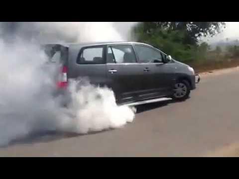 Toyota Innova Burnout