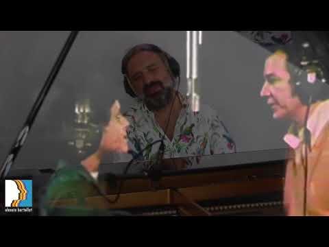 Elis Regina, Antônio Carlos Jobim ft. Stefano Bollani - Águas de Março
