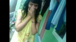 Download Video Video sexy anak ibu kost MP3 3GP MP4