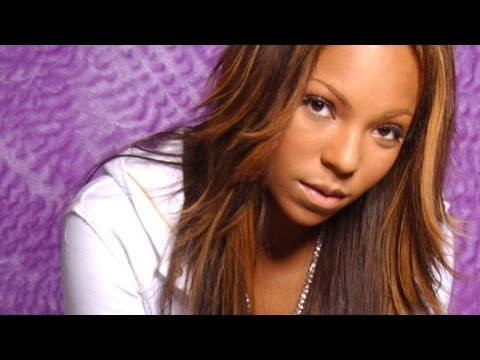 Top 10 Female Singers Who Fell Off The Map