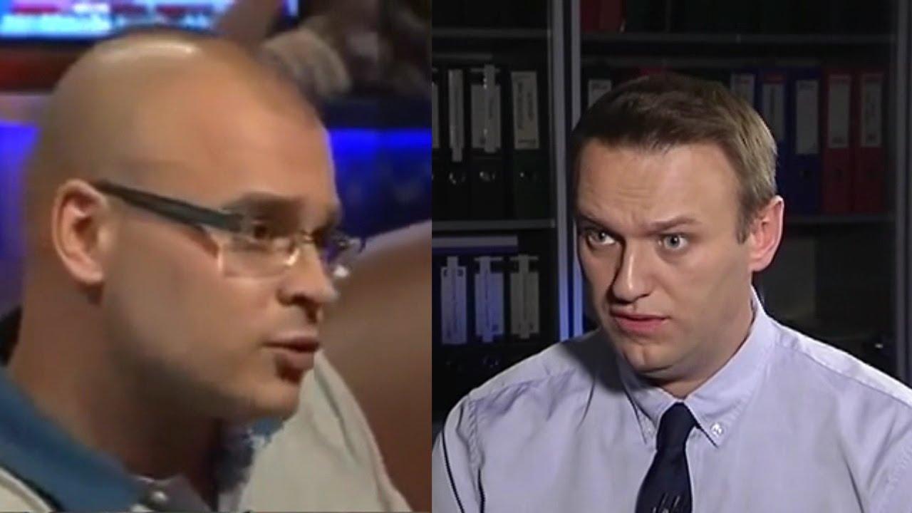 Тесак вскрывает Навального