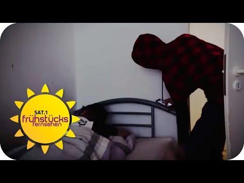 IM SCHLAF ÜBERFALLEN: Diebe kommen über den Balkon in die Wohnung! | SAT.1 Frühstücksfernsehen | TV