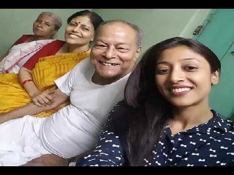 Paoli Dam Family Album | পাওলি দামের পরিবার | Actress Paoli Dam with her Family