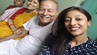 Repeat youtube video Paoli Dam Family Album | পাওলি দামের পরিবার | Actress Paoli Dam with her Family