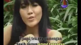 Video Via Vallen - Mojang Bandung download MP3, 3GP, MP4, WEBM, AVI, FLV Oktober 2018