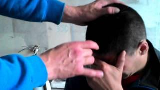 За ВдВ, прикол:-):-)ржака,шишак 3 см., 100 жестких щелбанов:-)
