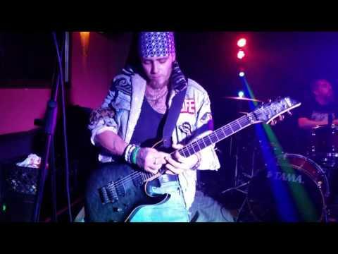 Liz Duenas is a Rockstar at Skinnys NoHo Rock Karaoke