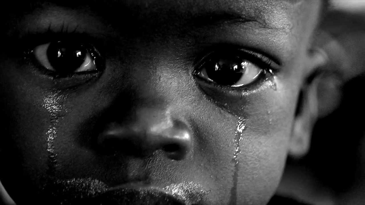 Armut in Afrika - Ein Film von Mike Pullen - YouTube