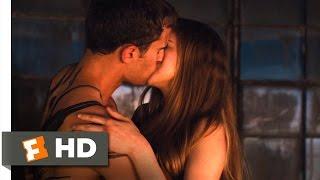 Divergent 8/12 Movie Clip - Four And Tris Kiss 2014 Hd