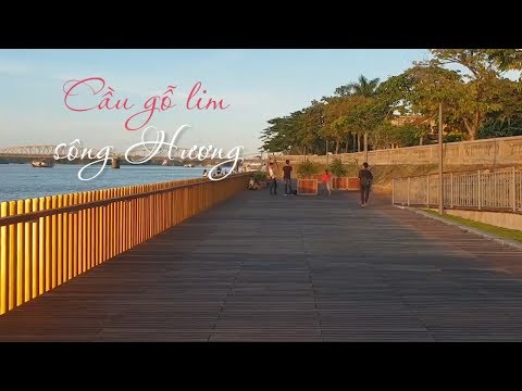 Cây cầu gỗ lim tuyệt đẹp bên bờ sông Hương - điểm sống ảo mới của giới trẻ