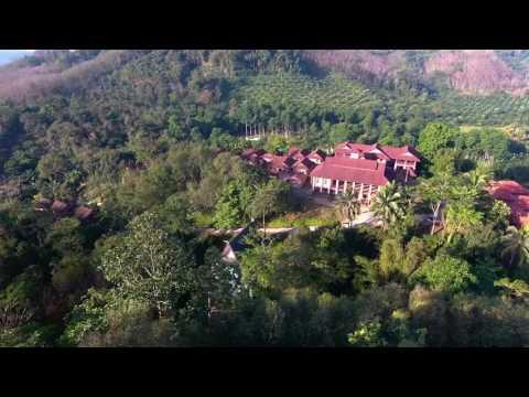 Yaowawit School Overview