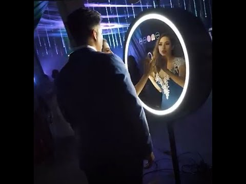 Luxury Beauty Mirror Booth