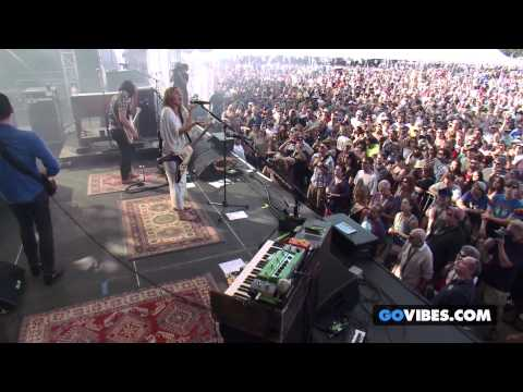 "Grace Potter & the Nocturnals performs ""The Divide"" at Gathering of the Vibes Music Festival"