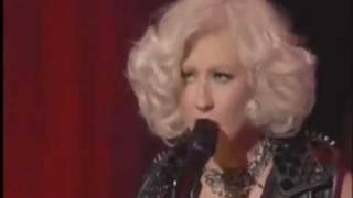 Christina Aguilera- Dirrty [Live]