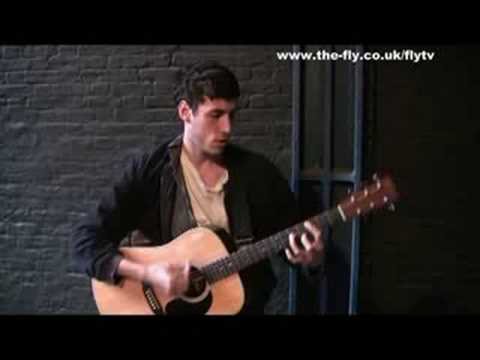 FLY TV In The Courtyard - The Virgins 'Rich Girls'