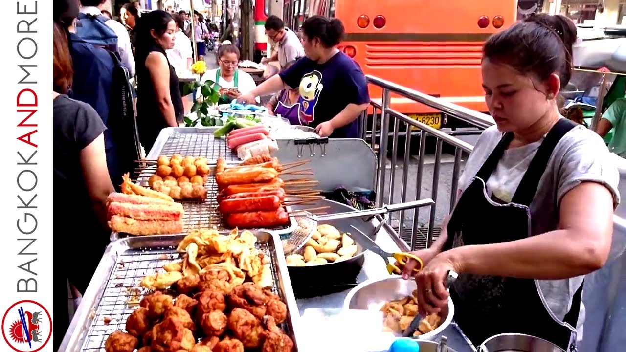 THAI STREET FOOD VENDORS @ Bang Rak Bangkok - From BTS to Lebua State Tower