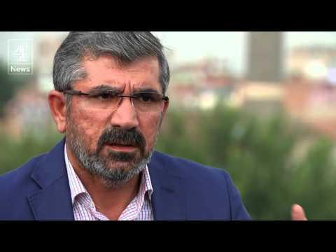 Tahir Elci: Kurdish lawyer shot dead in Turkey