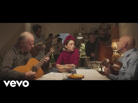 Natalia Lafourcade - Te Vi Pasar (En Manos de Los Macorinos)[La Fiesta Parte I]